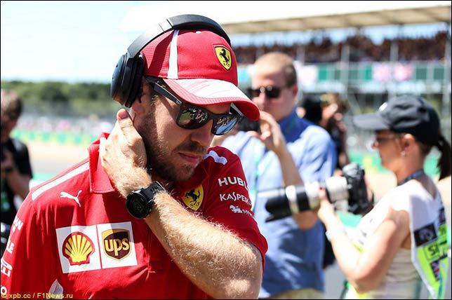 В Ferrari доработали подголовник на машине Феттеля