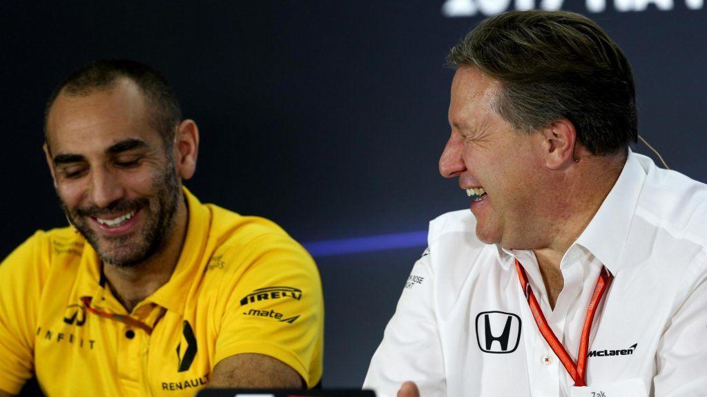 «Мы больше не хотим иметь отношений с ними, все кончено». В Renault ответили на критику Red Bull