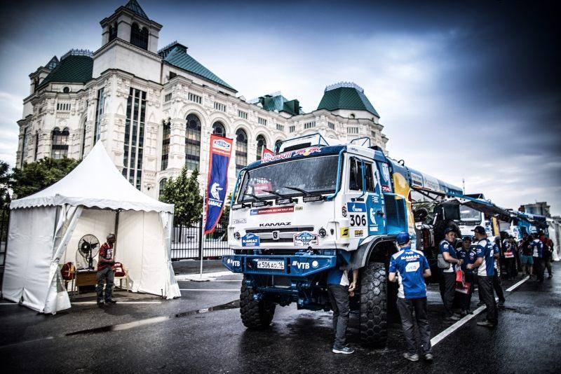 В Астрахани стартовал ралли-марафон «Шелковый Путь-2018»