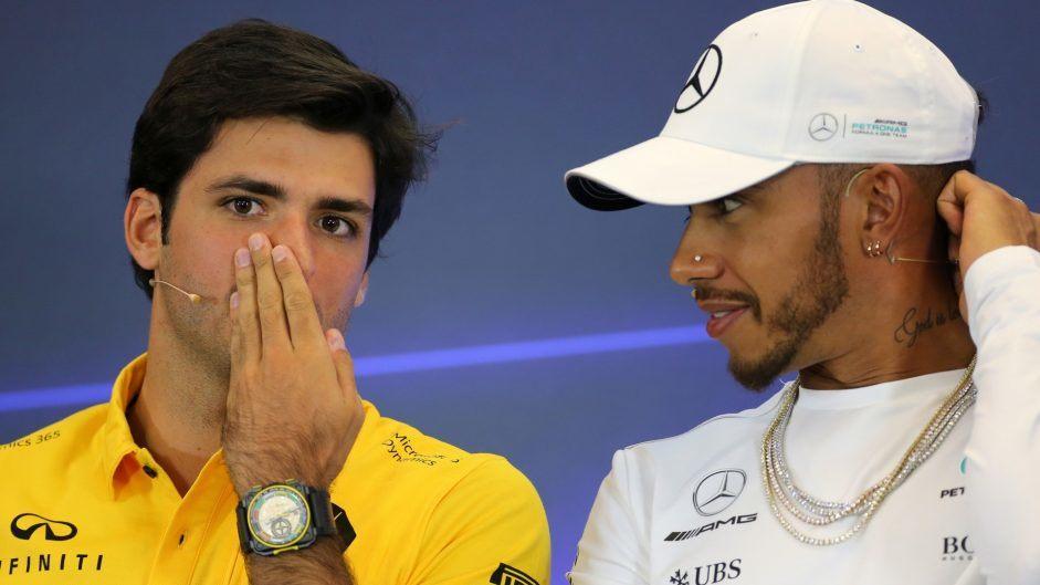 Кристиан Хорнер: Мы ждем решения Mercedes, чтобы определиться с Риккардо и Сайнсом
