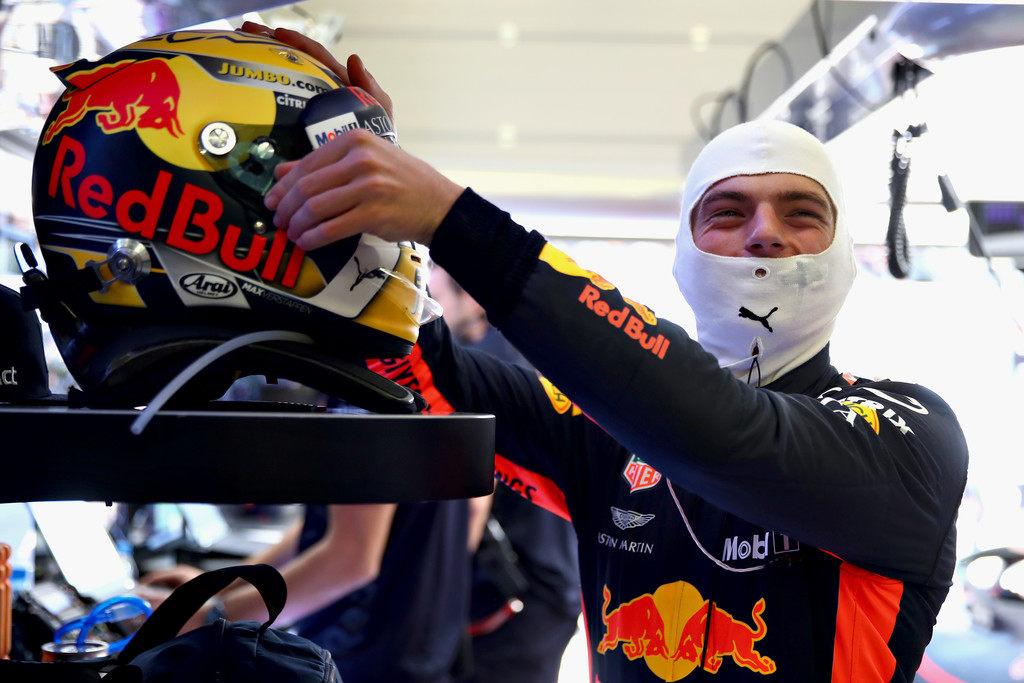Mercedes вела переговоры с Максом Ферстаппеном в середине 2017 года