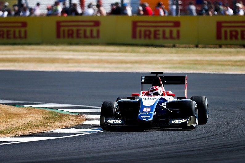 Педро Пике одержал свою первую победу в серии GP3, опередив Алези