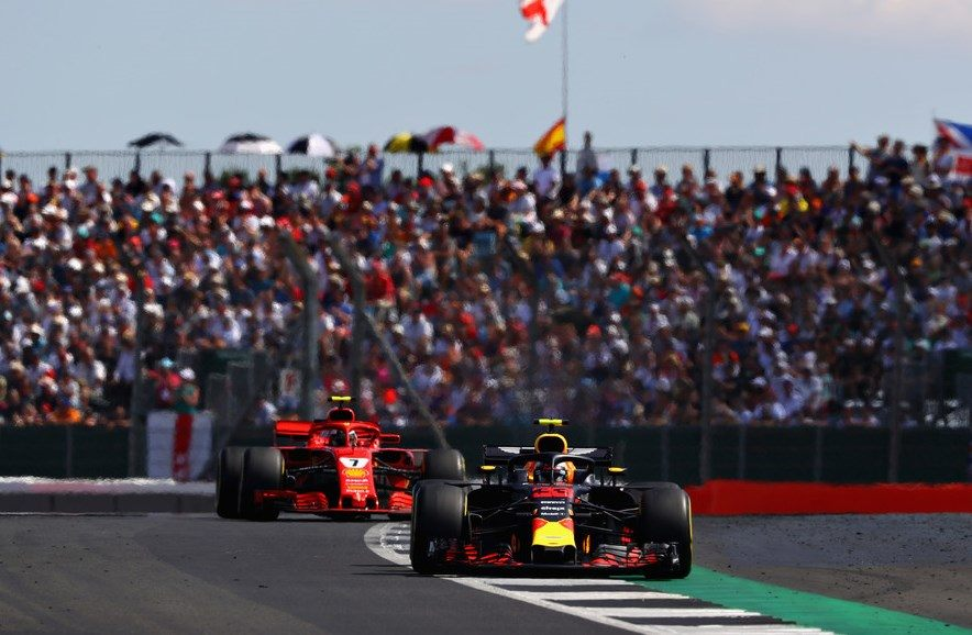 Кими Райкконен: Почему-то машины Red Bull тяжелее преследовать, чем Mercedes