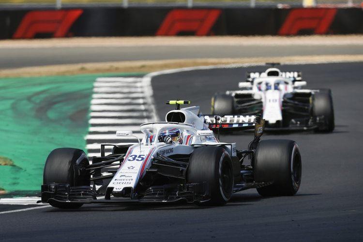 Пэдди Лоу похвалил гонщиков Williams за то, что смогли финишировать