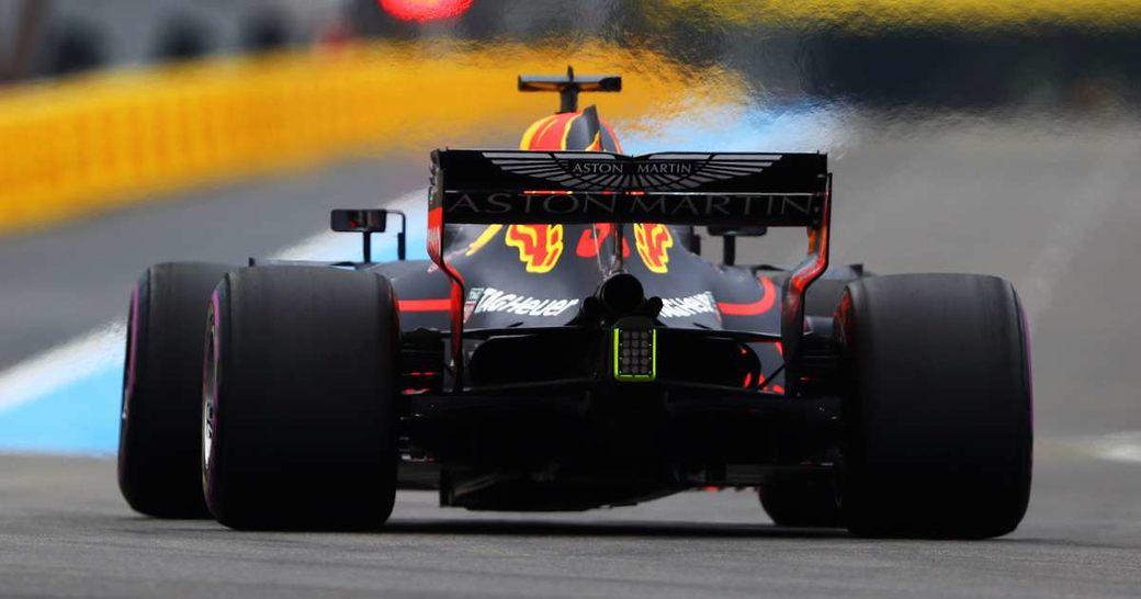 Формула 1 может отказаться от изменения регламента на двигатели в 2021-м