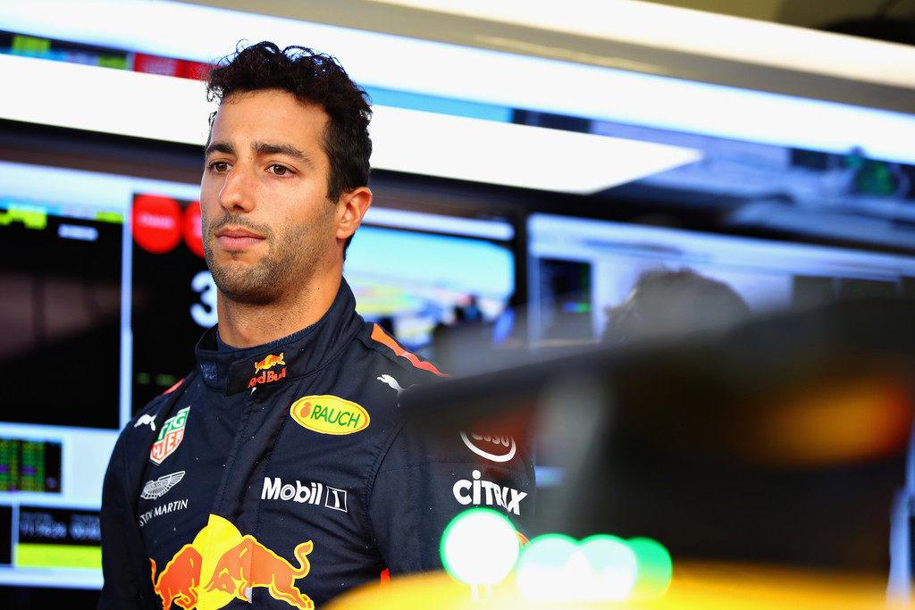 Риккардо: Я хочу понять, почему Red Bull решилась перейти на моторы Honda