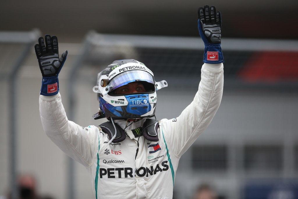 Официально: Валттери Боттас продлил контракт с Mercedes до конца 2019-го