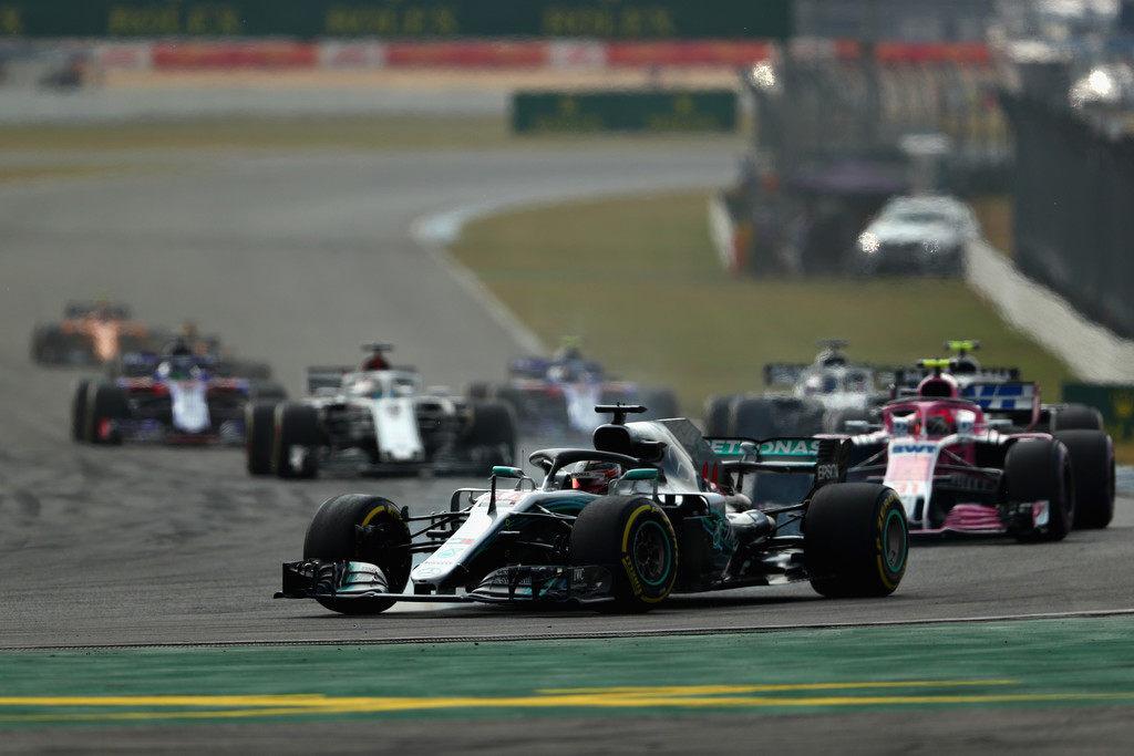 Льюис Хэмилтон победил на Гран При Германии после старта с 14-го места