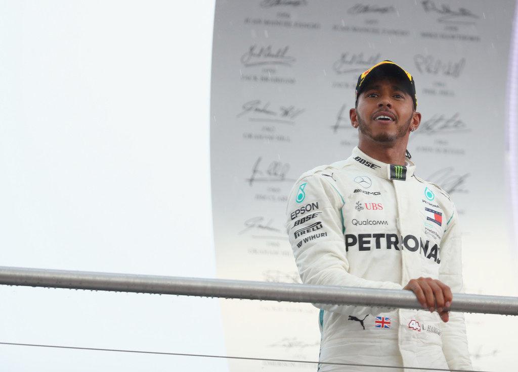 Стюарды Гран При Германии не стали отбирать победу у Льюиса Хэмилтона