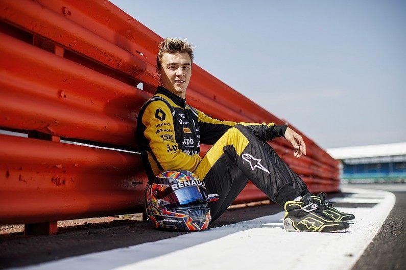 Артём Маркелов впервые сядет за руль современной машины Ф1 в Венгрии