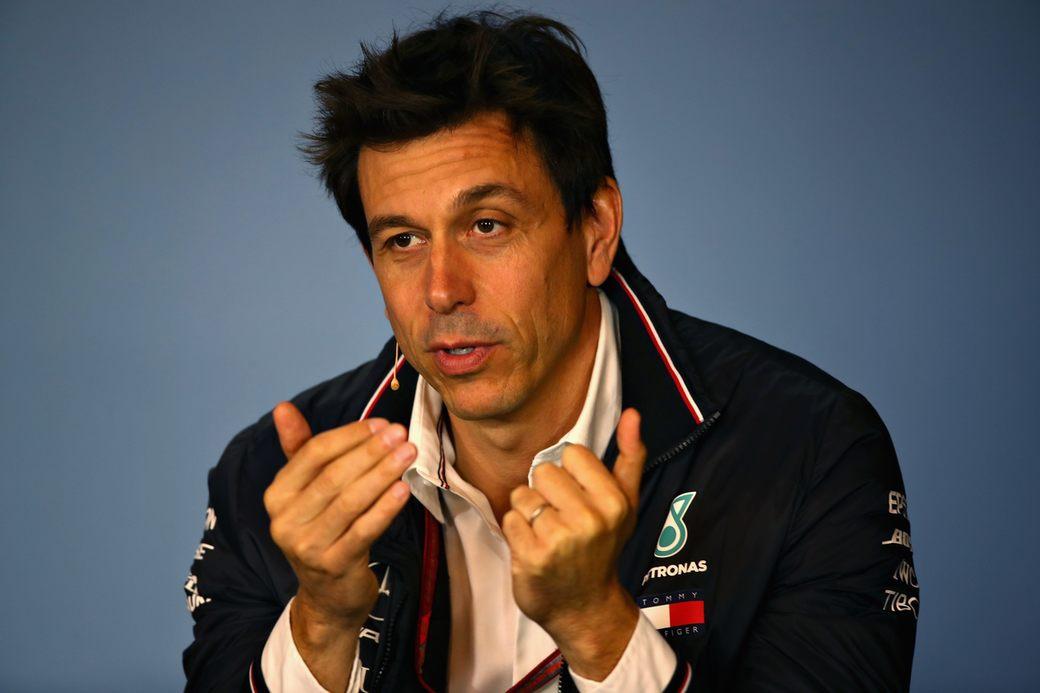 Тото Вольф: Мы вынуждены доверять Ferrari...