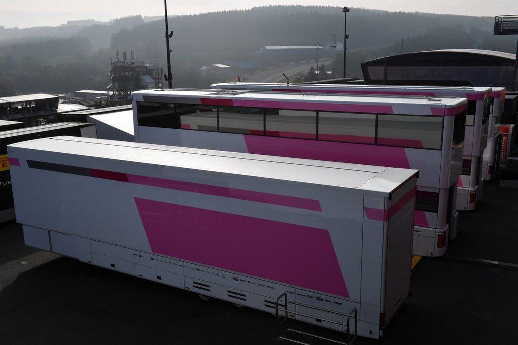 Force India может отказаться от набранных очков ради смены названия