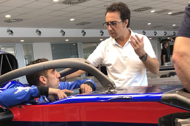 Себастьен Буэми прошел подгонку сиденья в Toro Rosso