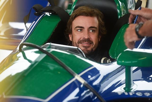 Фернандо Алонсо провёл тесты машины IndyCar в Алабаме