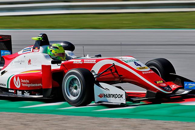 Ф3: Шумахер завоевал поул в Австрии, Шварцман второй