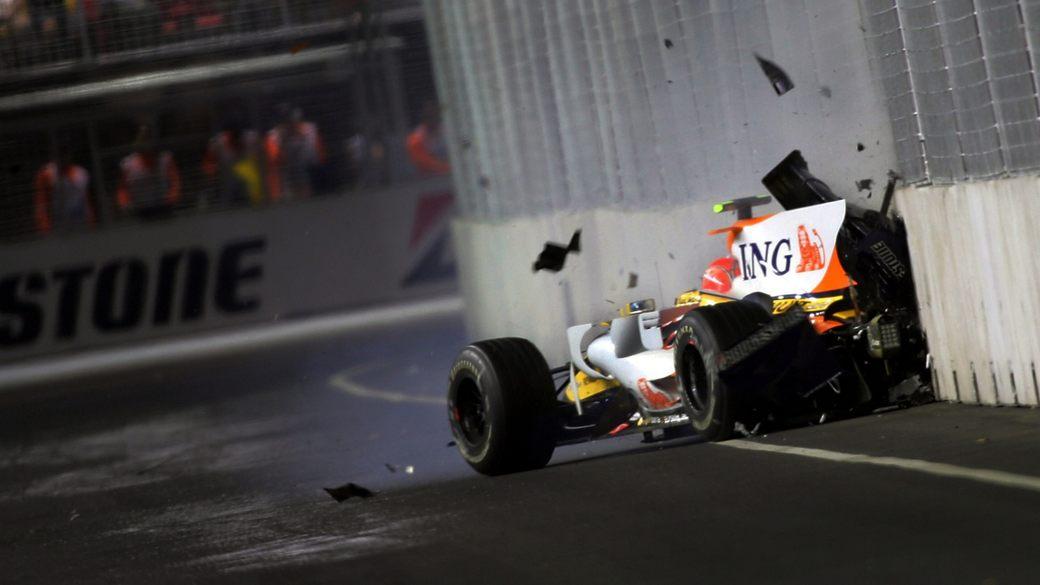 Видео. Самые запоминающиеся аварии на Гран При Сингапура