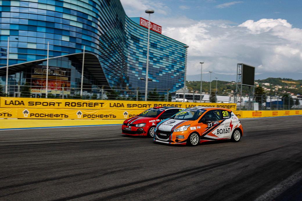 Carville Racing в ожидании сражения за титул в классе Туринг Лайт