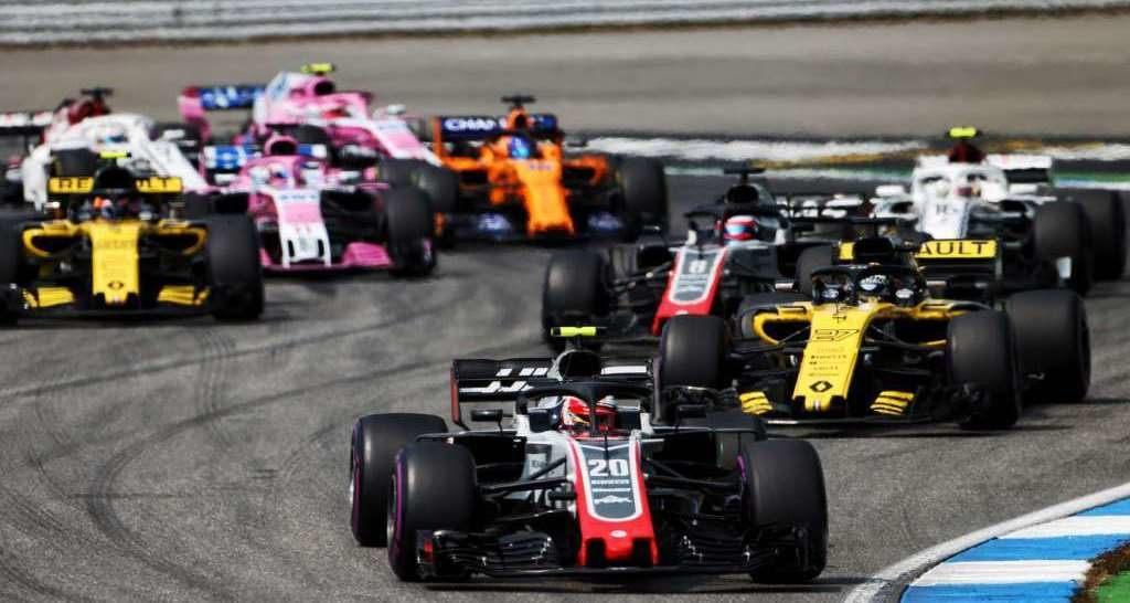 Гюнтер Штайнер: Идея трех автомобилей для топ-команд исказит суть чемпионата