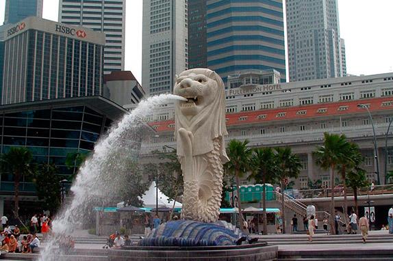 Фонтан в виде Мерлайона в Сингапуре