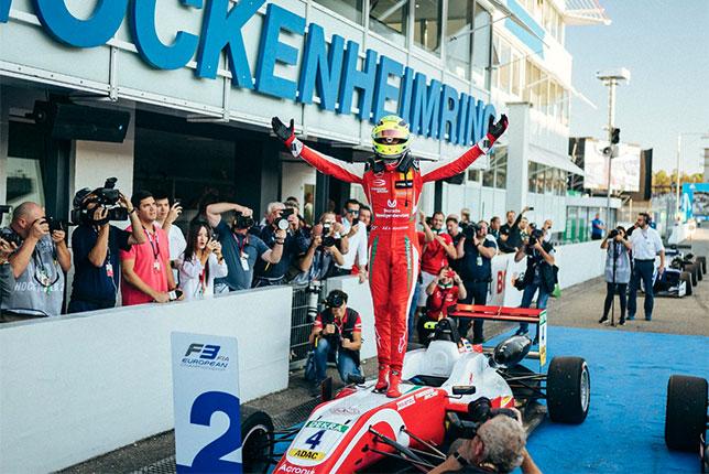 Тото Вольфф поздравил Мика Шумахера с титулом