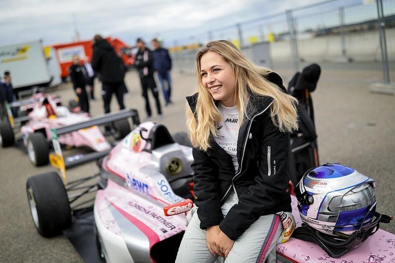Флёрш отказалась выступать в женской гоночной серии