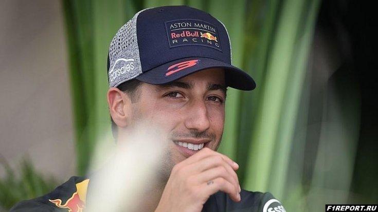 Риккардо уверен, что в субботу в Mercedes и Ferrari смогут прибавить