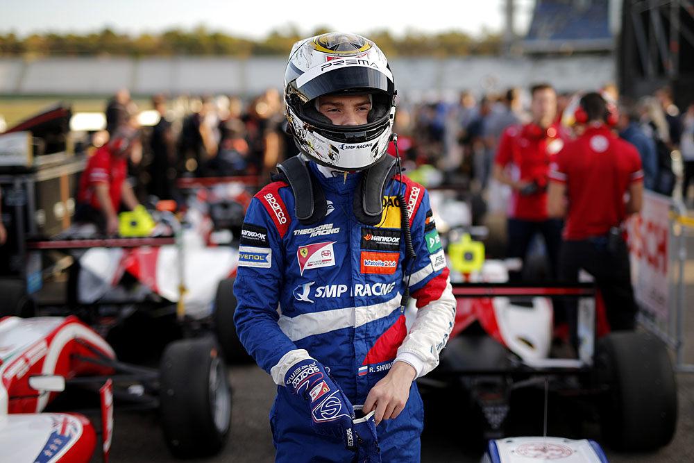 Роберт Шварцман завоевал титул в зачете новичков Европейской Формулы 3