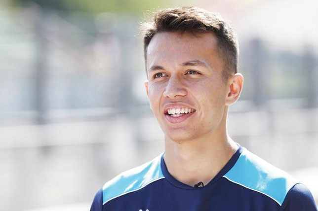Александр Элбон – гонщик Toro Rosso