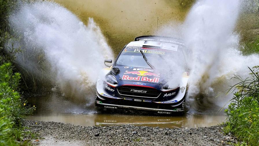 """Себастьен Ожье оформил шестой титул WRC, """"Тойота"""" выиграла зачет производителей"""
