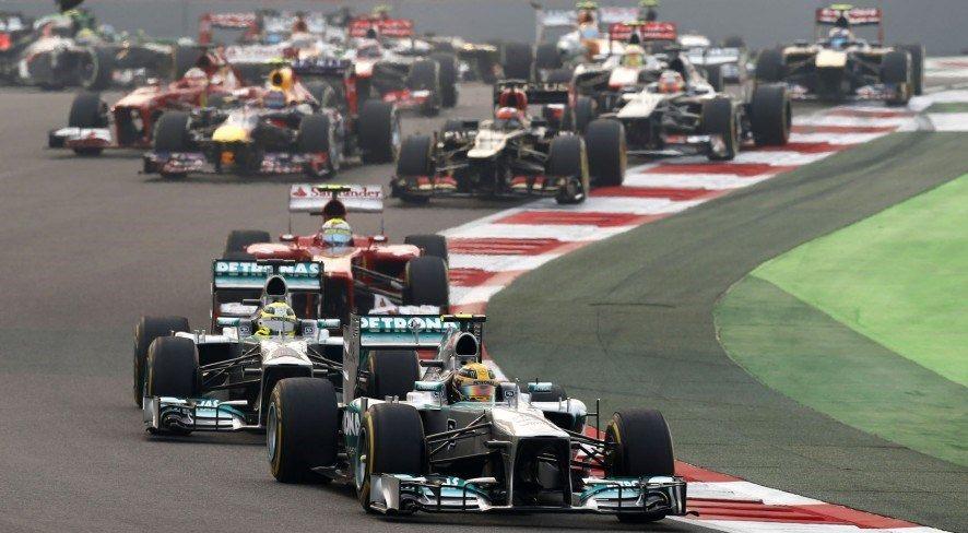 Льюис Хэмилтон: Лучше бы в Индии построили школы и дома, чем трассу Формулы 1