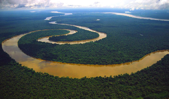 Амазонка - самая большая река мира
