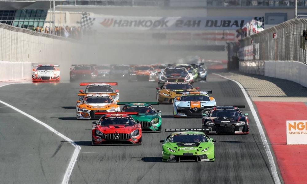 """Почти 100 экипажей представлены в предварительном списке участников """"24 часов Дубая"""""""