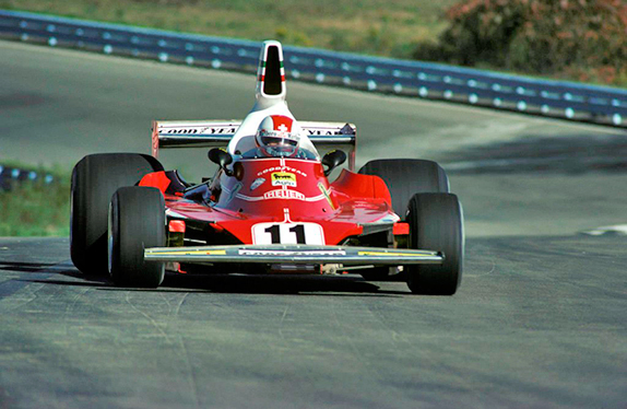 Клей Регаццони на Гран При США 1975 года. Фото Ferrari