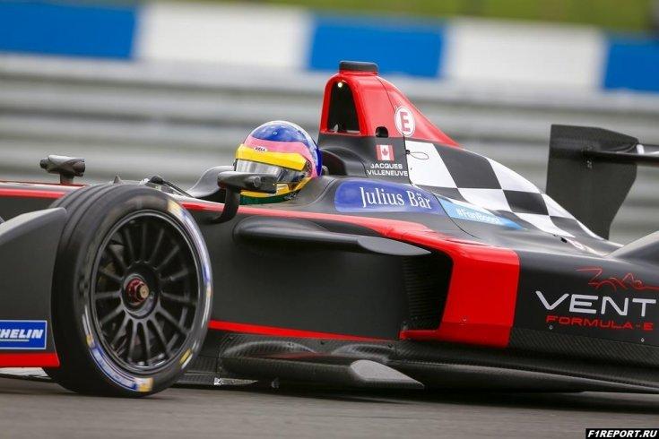 Жак Вильнёв: в паддоке Формулы-1 не знают, когда проходят этапы Формулы Е
