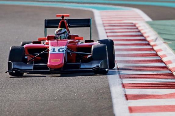 Роберт Шварцман на тестах GP3 в Абу-Даби