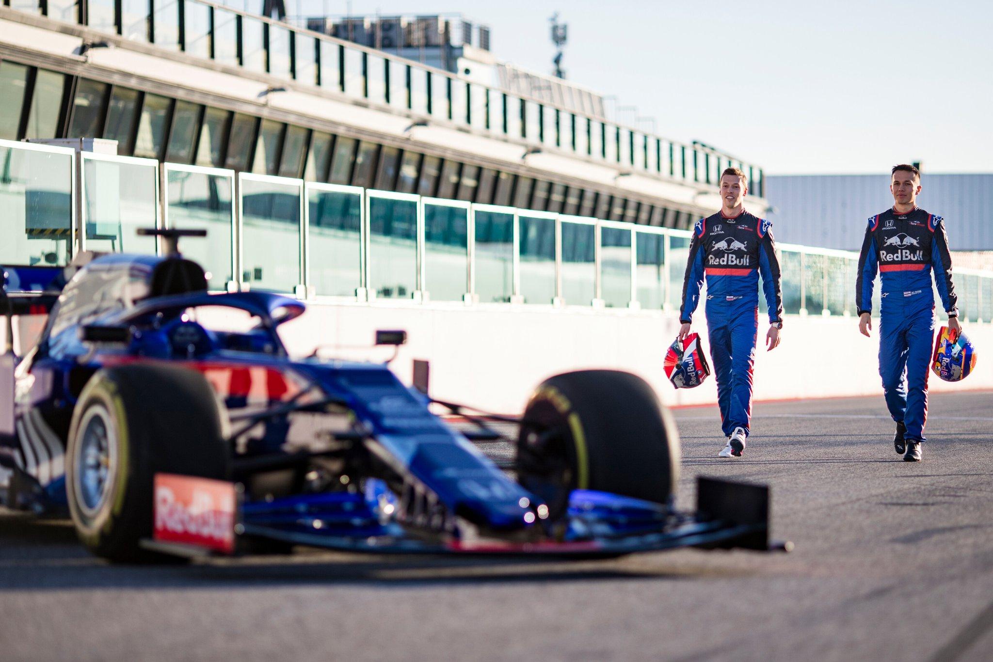Квят первым поведет «Торо Россо» на предсезонных тестах в Барселоне