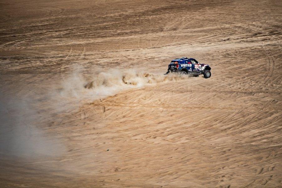 Директор «Формулы-Е» объявил о создании серии гонок электрических внедорожников
