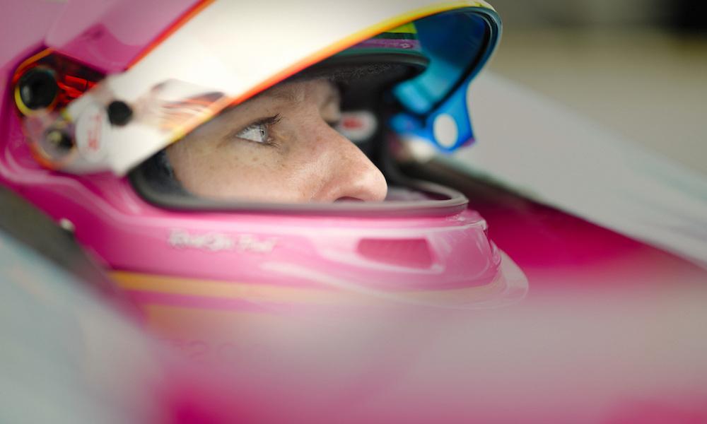 Пиппа Манн вернётся в «Инди-500» в 2019 году при поддержке команды Эй-Джей Фойта