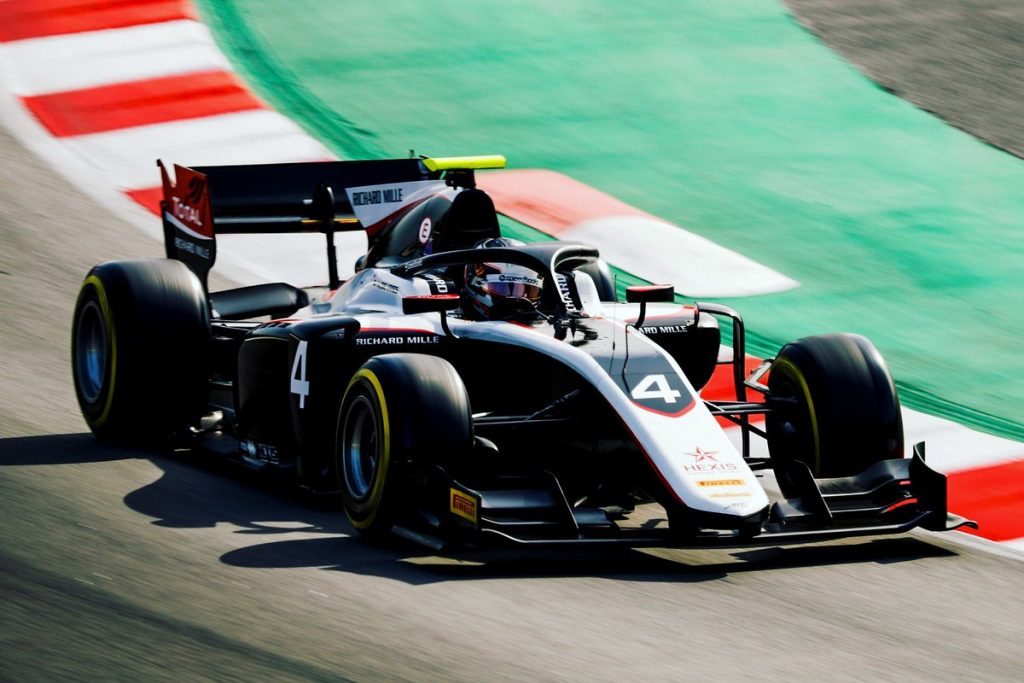 Де Врис стал лучшим в первый день тестов Ф2 в Барселоне, Мазепин быстрее Шумахера