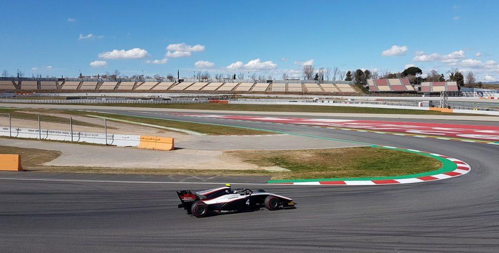 Де Врис стал быстрейшим в третий день тестов Ф2 в Барселоне, Мазепин — шестой