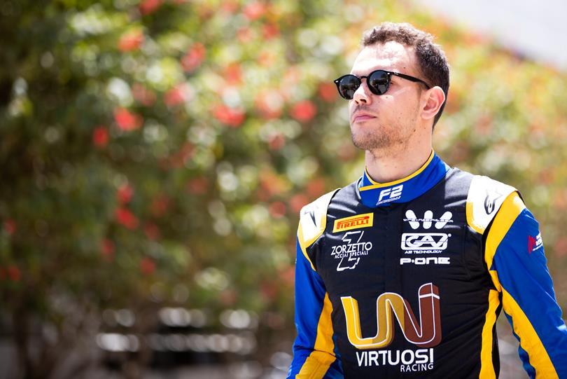 Лука Гьотто завоевал поул к первой гонке «Формулы-2» в Бахрейне