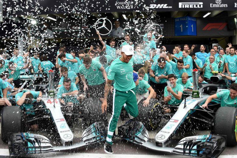 Несмотря на проигрыш титулов, «Феррари» всё равно достанется больше всех призовых за 2018 год