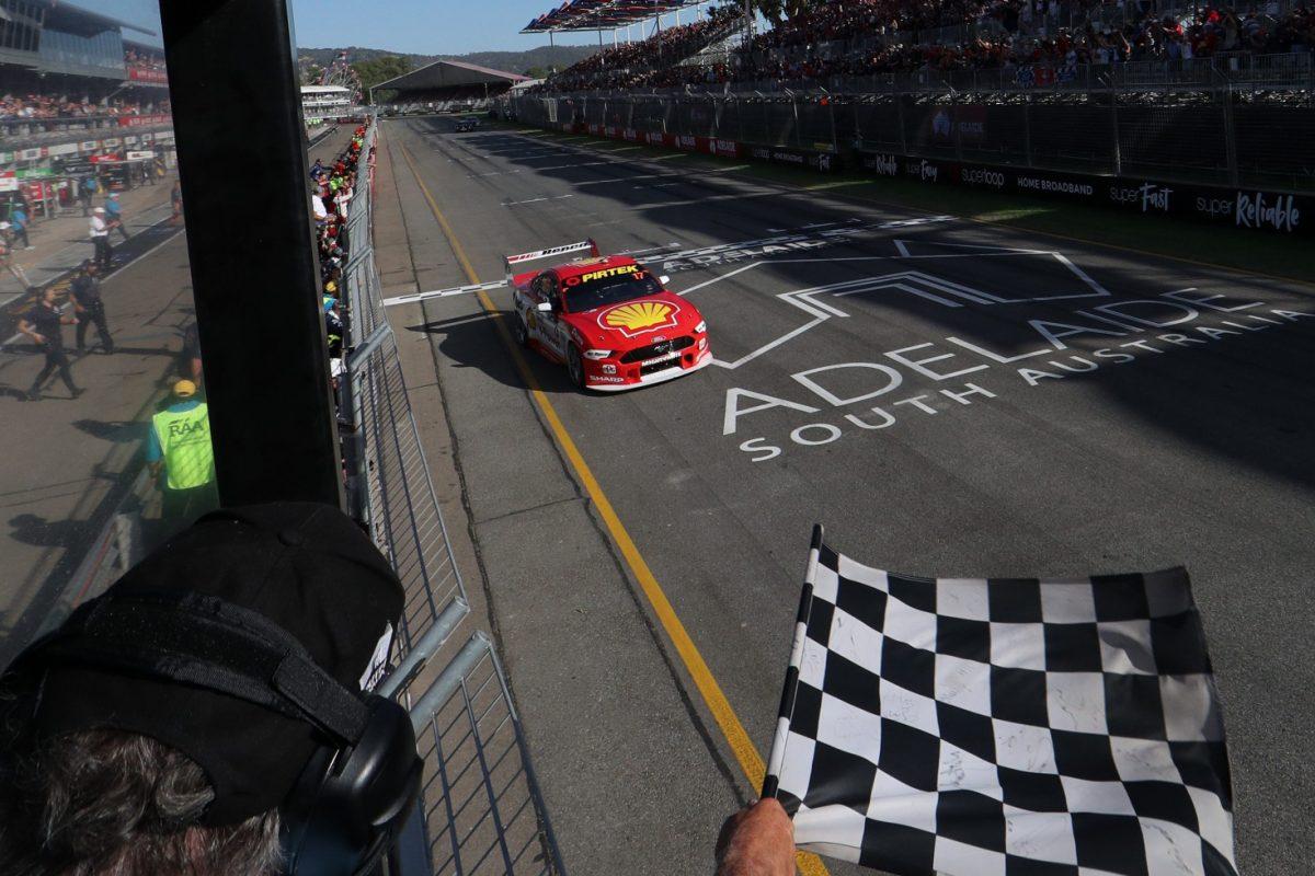 Маклофлин вновь выиграл в Аделаиде