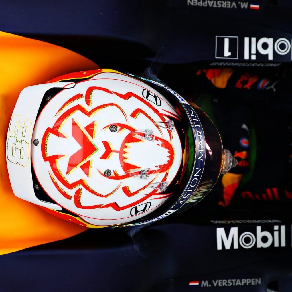В «Ред Булле» назвали форму шлема гонщика одной из аэродинамических основ машины