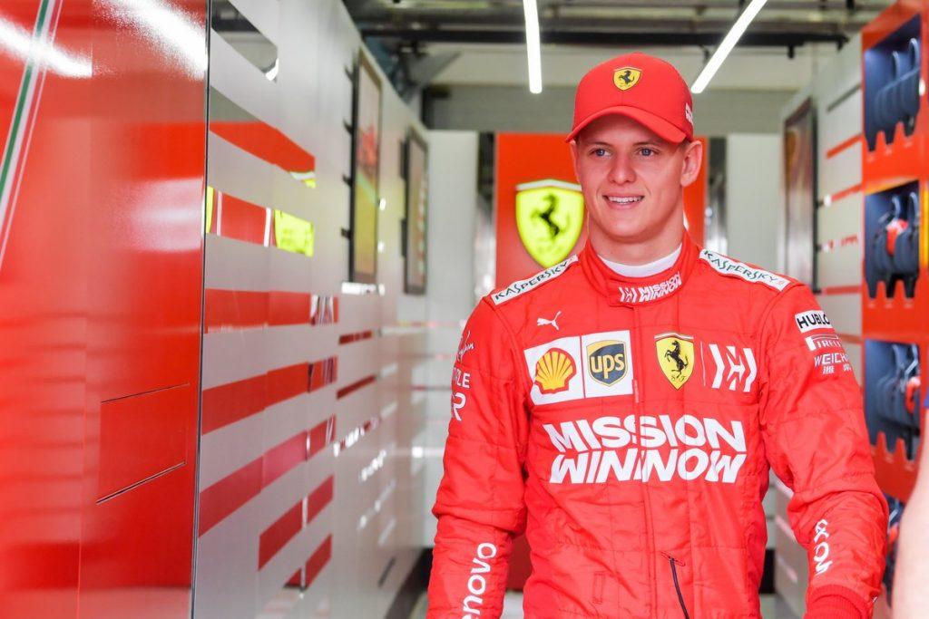 Мик Шумахер стал восьмым в дебютной тестовой сессии в Ф1