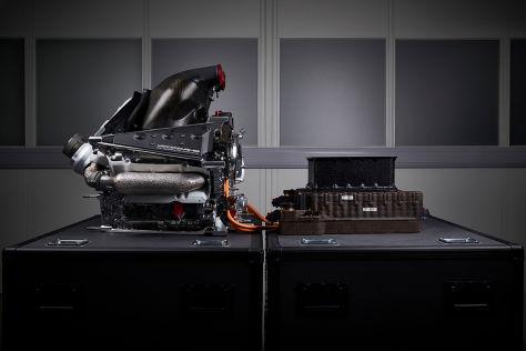 В «Формуле-1» не перейдут на новые двигатели раньше сезона-2025?