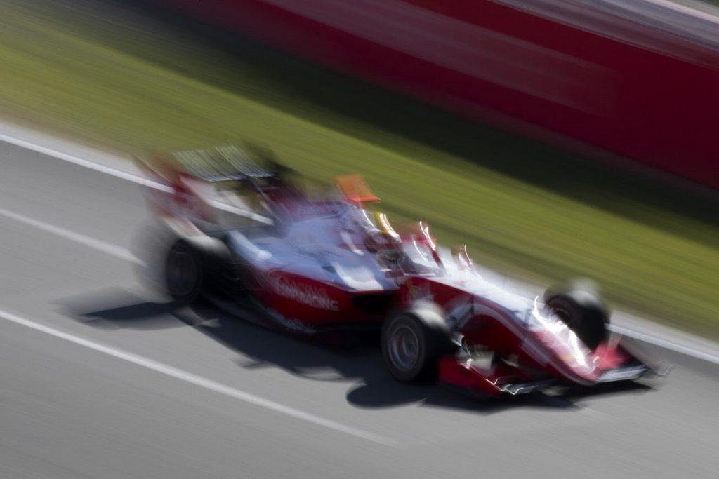 Шварцман вырвал поул в первой квалификации сезона в «Формуле-3»