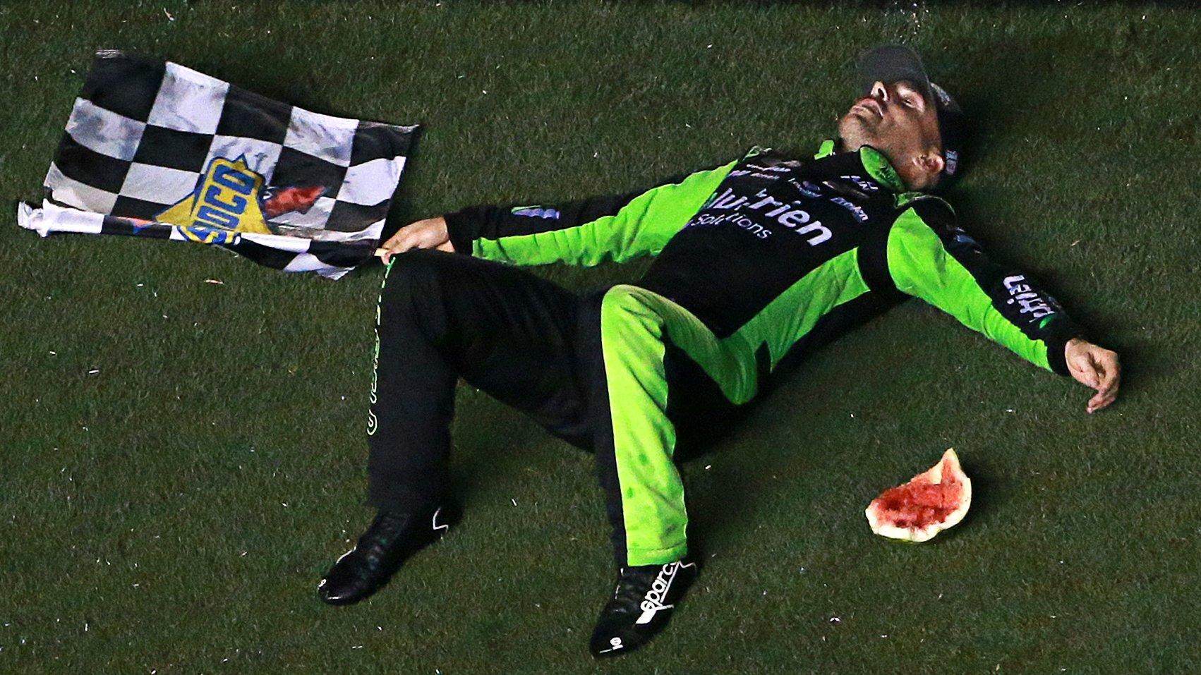 Росс Честейн победил в гонке «Иксфинити» в Дейтоне, Оллмендингер дисквалифицирован