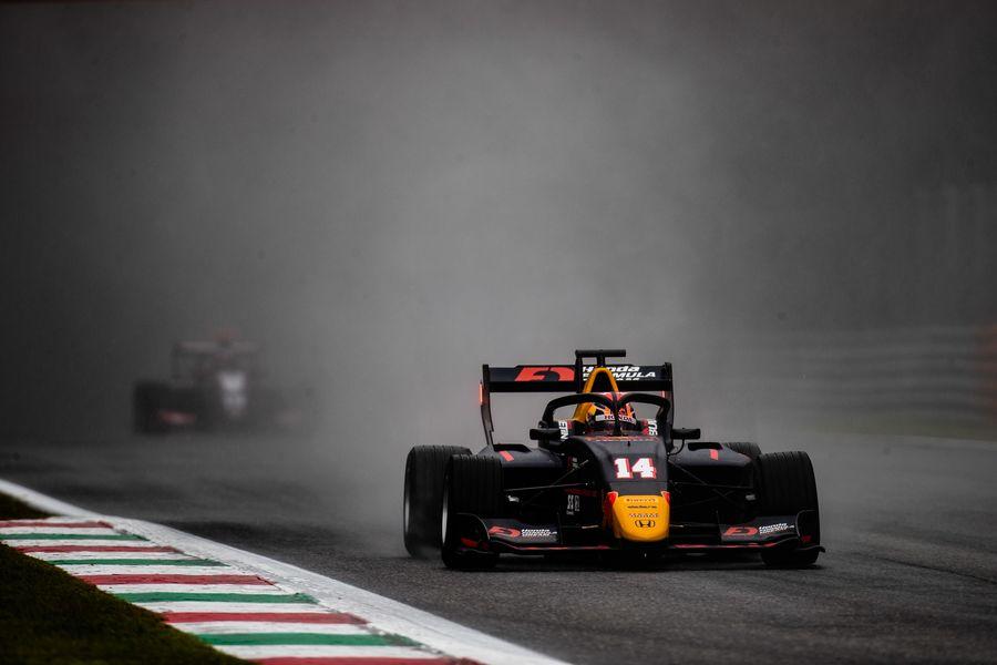 Цунода одержал первую победу в «Формуле-3», Шварцман восьмой