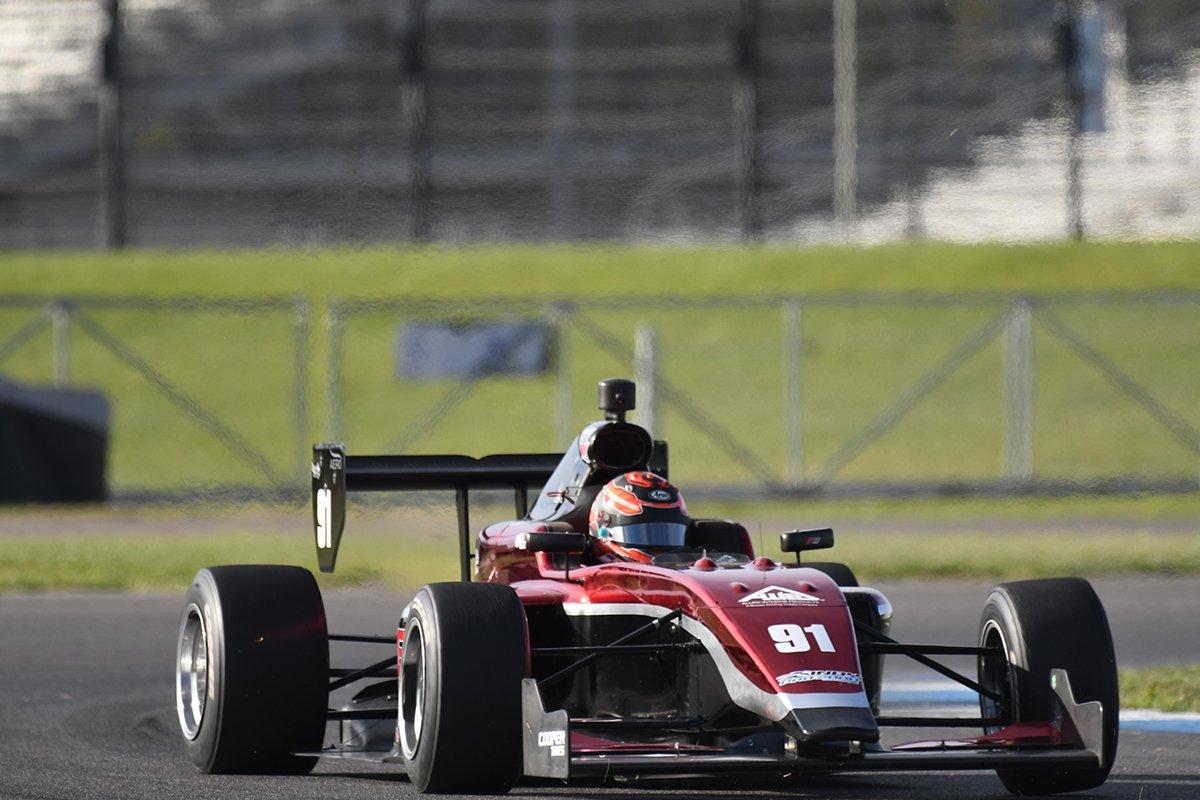 Викей, Макэлри и Расмуссен стали быстрейшими на тестах «Роуд ту Инди» в Индианаполисе